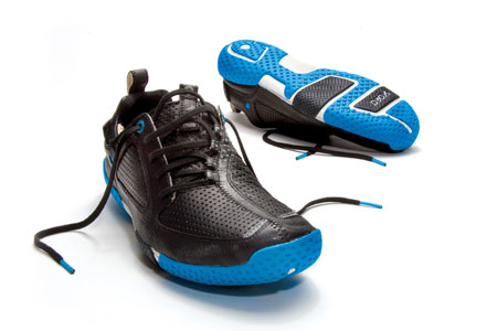 Skora-Running-Shoes---Form-Model