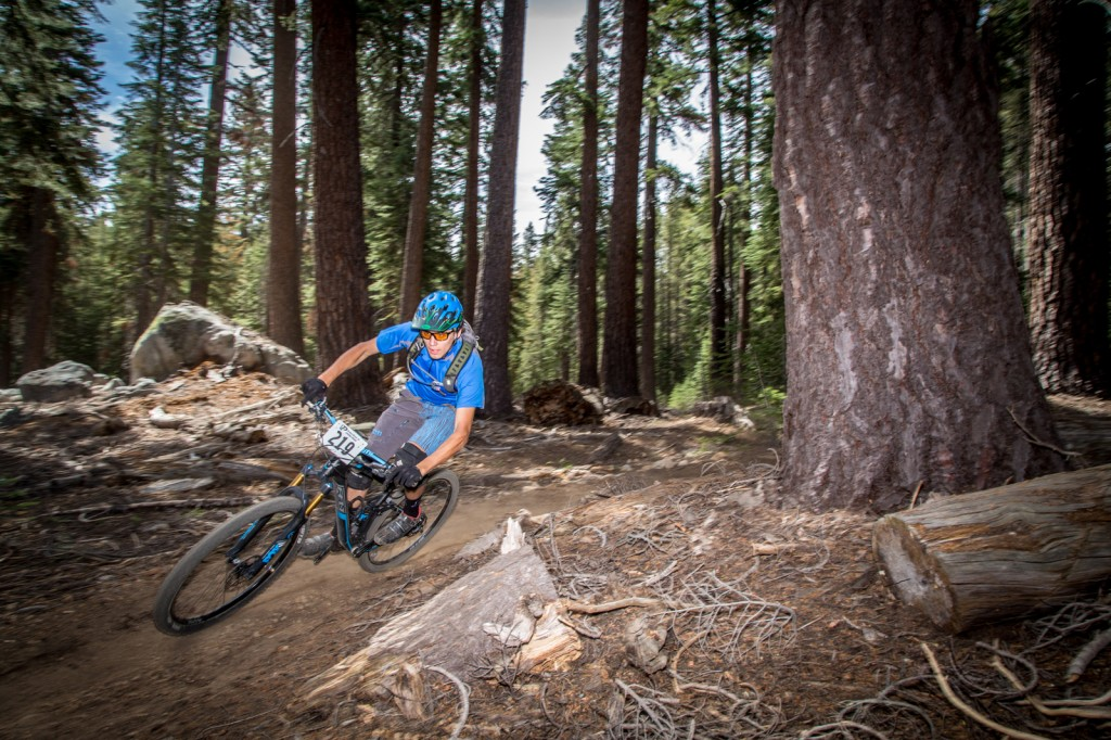 Jeremiah Newman (Felt/WTB) pinned through the soft steeps to a 1st place pro mens win.