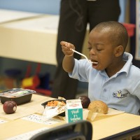 EarthTalk: Improving School Lunches