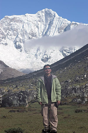 Fountain of Sorrow, Fountain of Light—First-time Trekker Searches for His Rhythm in Bhutan