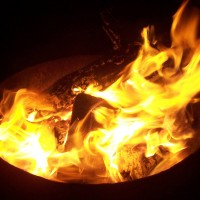 Earth Talk: Is backyard firepit smoke a health hazard?