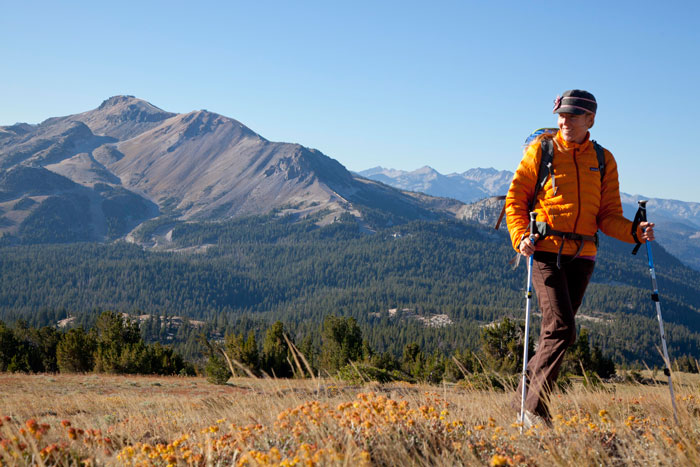 Hiking with Mammoth Mountain in the background (Rebecca Garrett).