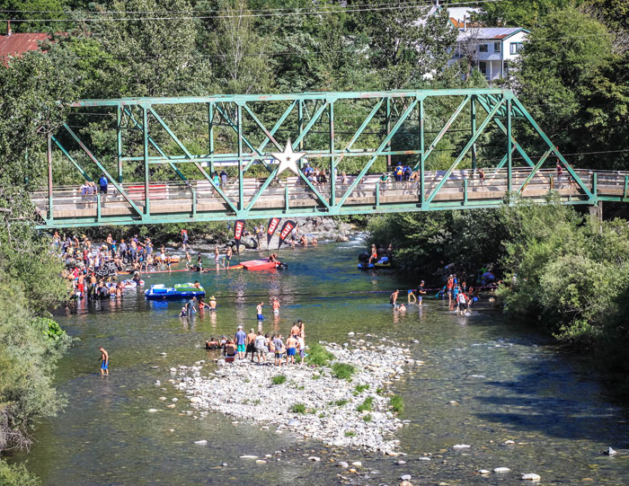 Good times surrounding the river in Downieville (Mike Oitzman).