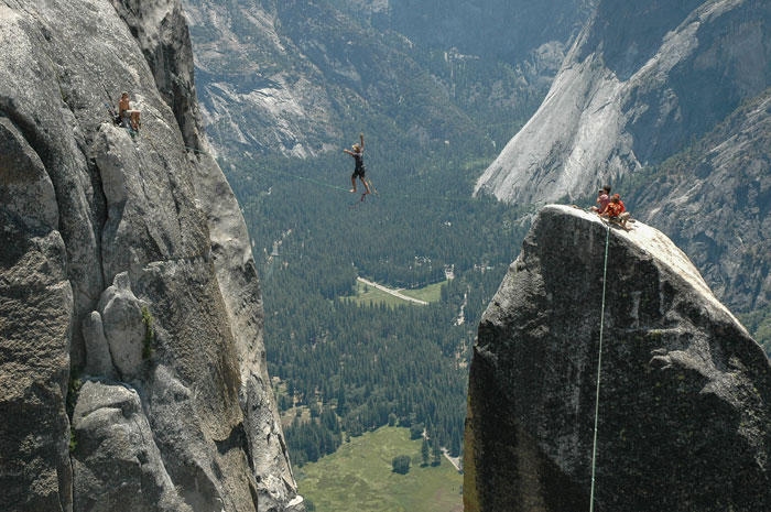 A Brief History of Yosemite Highlining