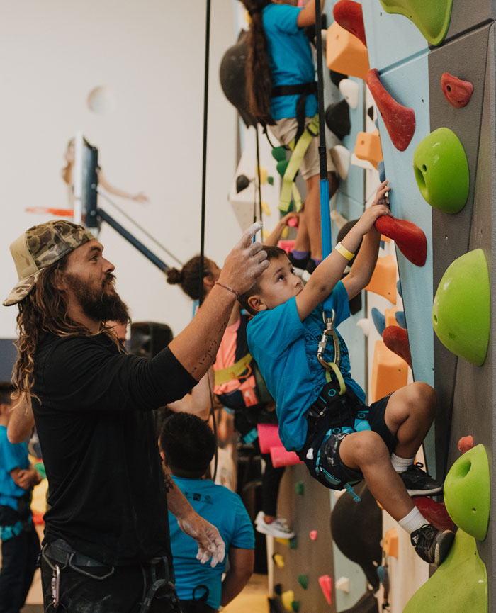TOMS And So ILL Team Up With 1Climb To Get Kids Climbing